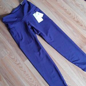 Old navy powersoft purple pocket legging